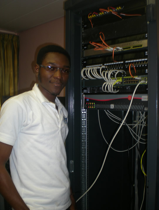 Mise en Place un Système de téléphonie VOIP par l'équipe Technique Tecacom Sarl Cameroun